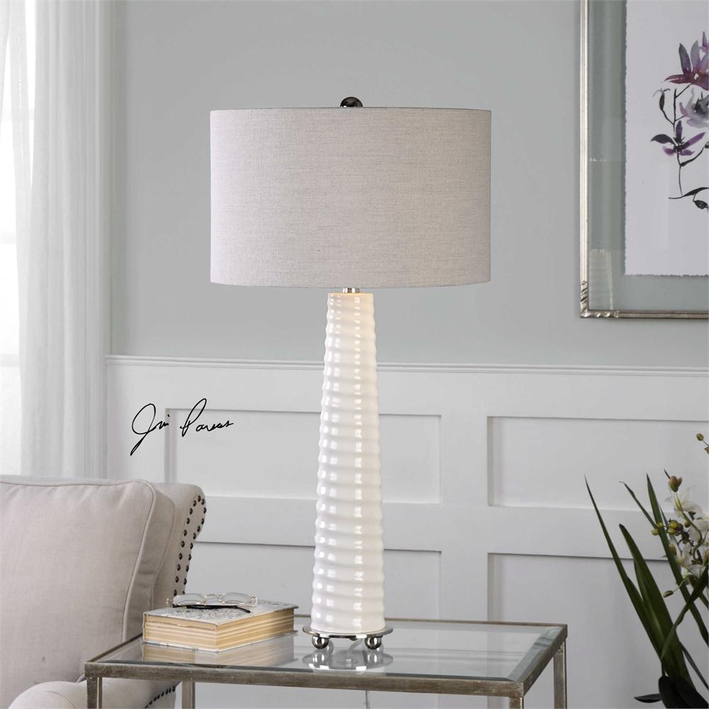 Mavone Lamp