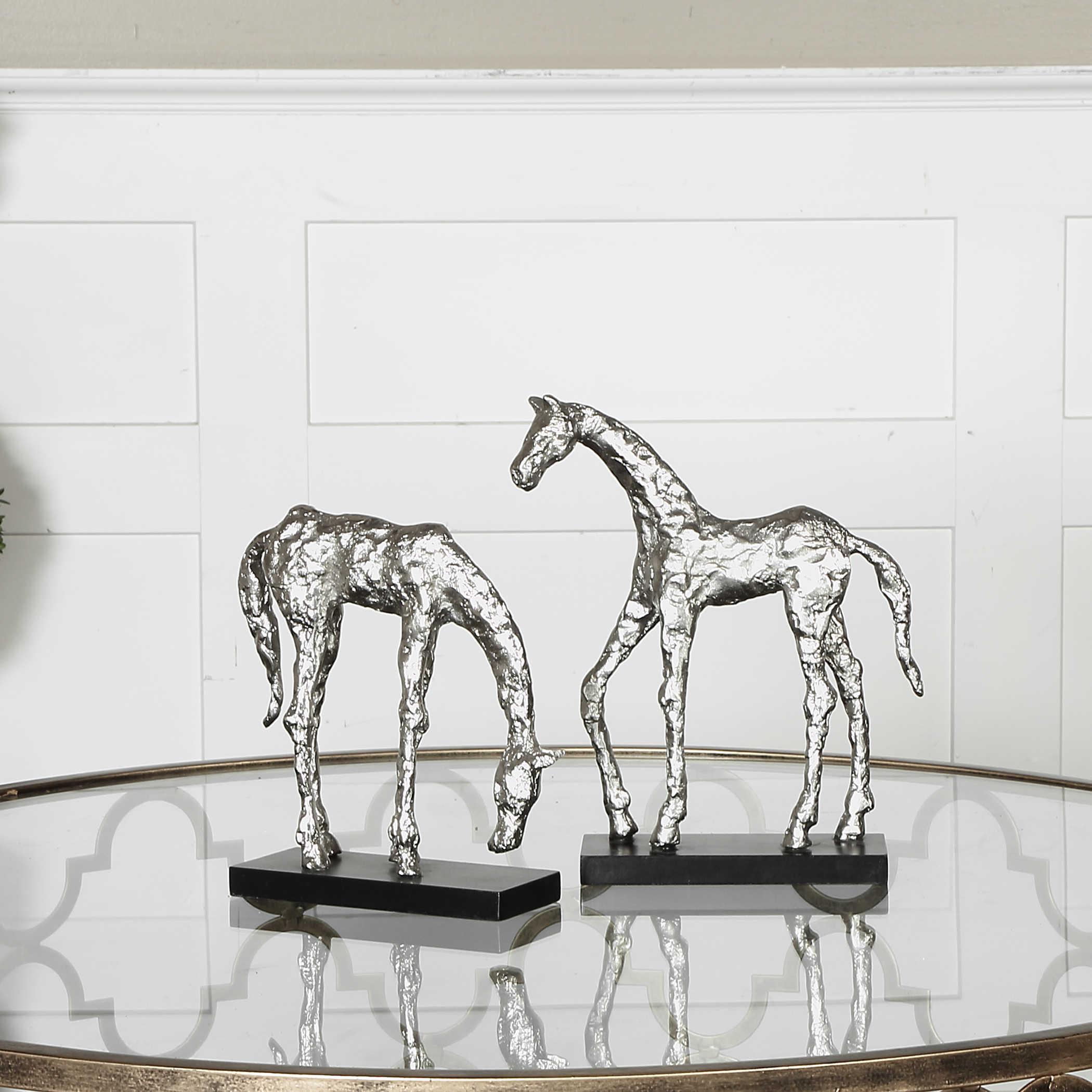 Ponies, set of 2