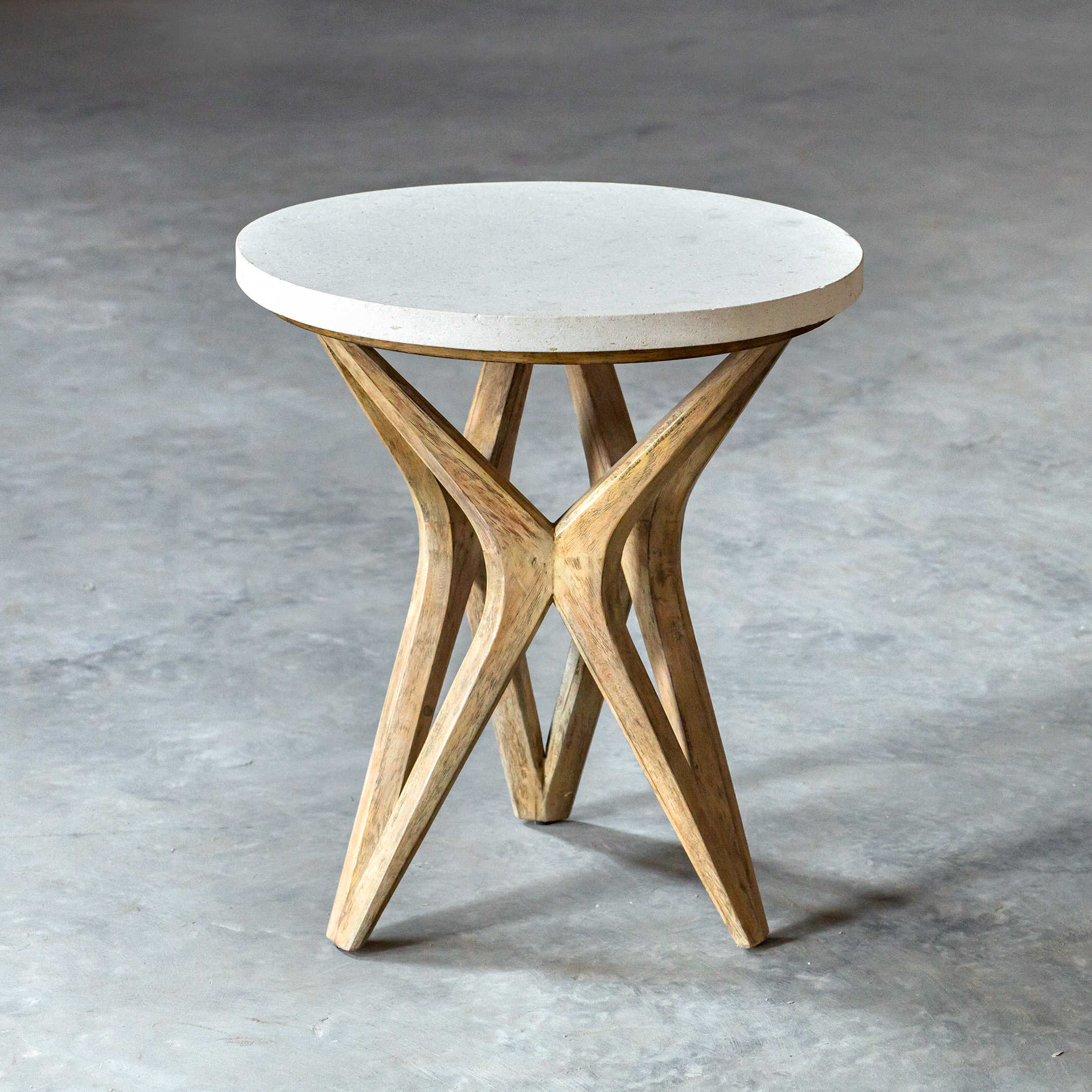 Isil Accent Table